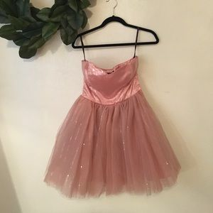 Betsy Johnson dress Size 6 sequin and tulle